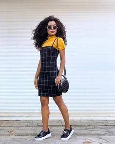 Great Ideas For Curly Hair Ideas What is the best haircut for curly hair? Teen Fashion Outfits, Modest Fashion, Girl Outfits, Fashion Dresses, Cute Casual Outfits, Modest Outfits, Stylish Outfits, Vintage Looks, Aesthetic Clothes