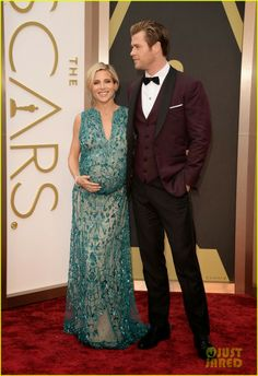Chris Hemsworth with his pregnant wife Elsa Pataky at the 2014 Academy Awards