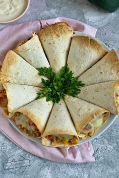 Brunch Recipes, Appetizer Recipes, European Dishes, Mini Appetizers, Cooking Recipes, Healthy Recipes, Food Obsession, Food Decoration, Appetisers