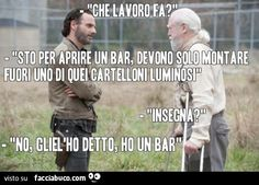 Capire!!! Funny Test, The Funny, Funny Images, Funny Pictures, Italian Memes, Walking Dead Memes, Friends Tv Show, Alpha Male, Funny Pins