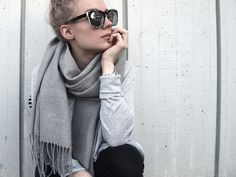 Grey, grey, grey / sunglasses Kurt Cobain, Everyday Outfits, My Outfit, Lily, Sunglasses, Style, Fashion, Swag, Moda