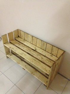 Wooden Mudroom Bench with Shoes Rack - 20 Excellent Pallet Furniture Projects | 101 Pallets