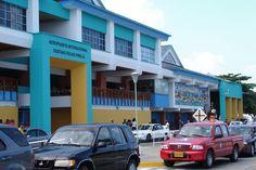 Reabren aeropuertos colombianos de San Andrés y Providencia tras huracán