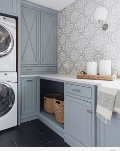 Best Blue Gray Paint Colors These Benjamin Moore Cloudy Sky laundry room cabinets are the perfect example of a blue gray paint colors!These Benjamin Moore Cloudy Sky laundry room cabinets are the perfect example of a blue gray paint colors! Mudroom Laundry Room, Laundry Room Cabinets, Laundry Room Remodel, Laundry Room Design, Laundry Room Colors, Diy Cupboards, Laundry Room Curtains, Laundry Room Lighting, Laundry Room Bathroom