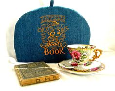Teapot Cozy Happiness is a Cup of Tea and a Good Book 6-8 cup cozy by SarahYsCottage