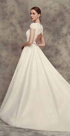 Calla Blanche Fall 2016 Wedding Dresses 31 | Deer Pearl Flowers
