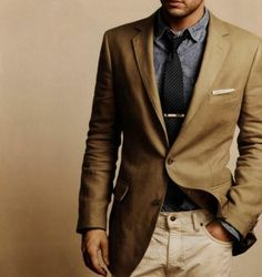 Weddbook ♥ Brown slim fit blazer with gray shirt and black bow tie. Menswear fashion. Men's attire trends. Stylish Groom clothing. brown suit fall