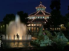 Coolidge Fountain on a Summer Night by architect41, via Flickr  Chattanooga, Tennessee