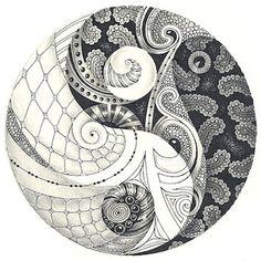 Margaret Bremner - Artist and CZT. Zentangle, mandalas, and arty things. Zentangle Drawings, Doodles Zentangles, Zentangle Patterns, Doodle Patterns, Zen Doodle, Doodle Art, Dotwork Tattoo Mandala, Yin Yang Tattoos, Art Forms