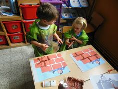 Eerste kleuterklas: 26/05 - 29/05: Thema 'Het huis van Jules - stenen' Reggio, Play Corner, March Themes, Wolf, Head Start, Birthday Parties, Crafts For Kids, Projects To Try, Construction
