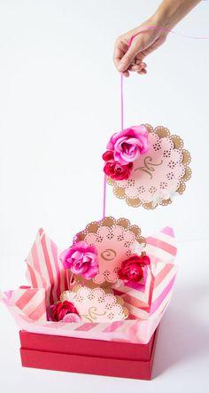 Decoupage, Garlands, Floral Cupcakes, 1st Birthdays, Food Coloring, Diy Presents