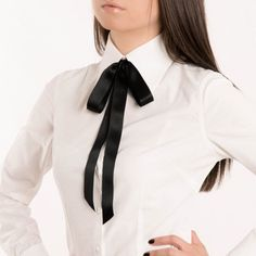 SALE OFF: Alexa Luxurious Satin Choker / Ribbon necklace. Bow Blouse, Collar Blouse, Autumn Inspiration, Style Inspiration, Ribbon Necklace, Neck Choker, Preppy, Collars, Silk Ribbon