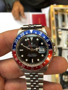 Rolex Got Master II.. Who does not want one? ⌚ ⌚ ⌚ #Rolex #watch #GMT #pepsi #pietrasanta #instagood #photooftheday #fashion #beautiful #happy #followme #picoftheday #versilia #instadaily #instalike #life #amazing #photographer #fortedeimarmi #bestoftheday #cool #lifestyle #instacool #summer #awesome #instafashion #italy #instagram #luxury #fiorentino Pepsi, Oysters, Rolex Watches, Awesome, Amazing, Hip Hop, Italy, Unisex, Lifestyle