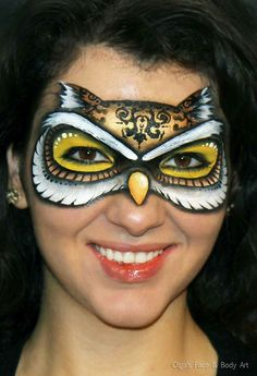 An owl mask that looks good! Uil masker schmink