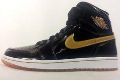 Air Jordan 1 Black/Metallic Gold