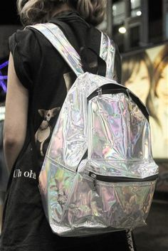 Mochila Grunge: hipster indie boho back to school soft grunge holographic . Soft Grunge, Hipster Grunge, Grunge Outfits, Grunge Fashion, Visual Kei, Iridescent Color, Easy Style, Indie, Punk