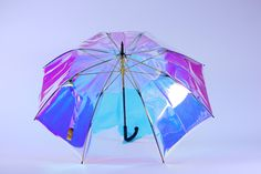 Oombrella is an un-losable umbrella that's built to withstand high winds and heavy rain