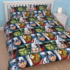 This Marvel Avengers Shield Single Duvet Cover features Captain America, Thor, The Hulk and Iron Man. Free UK delivery available Marvel Avengers, Comics Spiderman, Avengers Shield, Marvel Comics, Duvet Cover Sizes, Quilt Cover Sets, Double Duvet Covers, Single Duvet Cover