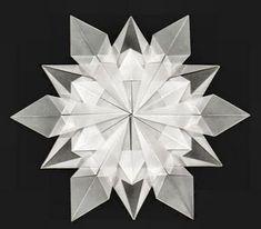 New origami christmas diy snowflake template Ideas Snowflake Origami, Snowflake Template, Origami Star Box, Origami Stars, Origami Envelope, Diy Christmas Snowflakes, Christmas Origami, Paper Snowflakes, Christmas Diy