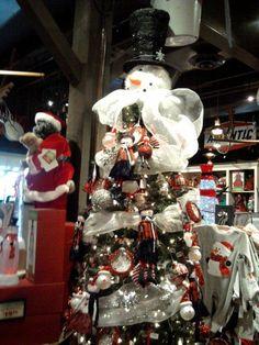 Cracker Barrel Christmas Snowman Tree