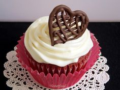 Yesterfood : Make a Chocolate Drizzle Heart