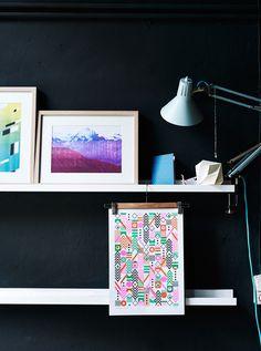 Des murs foncés peuvent changer le caractère d'une pièce