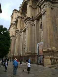 Granada, Louvre, Building, Travel, Ideas, Arquitetura, June, Cities, Viajes