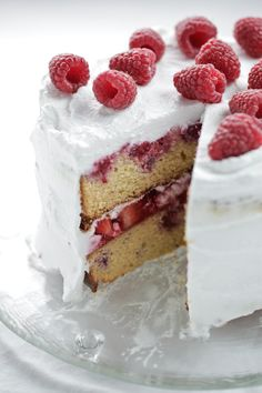 Berry + Coconut Celebration Cake : The Healthy Chef – Teresa Cutter