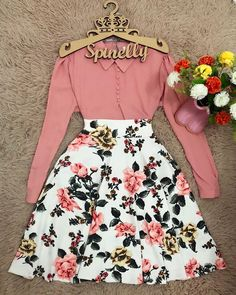 Long Skirt Fashion, Long Skirt Outfits, Modest Outfits, Simple Outfits, Outfits For Teens, Pretty Outfits, Beautiful Outfits, Girl Outfits, Cute Outfits