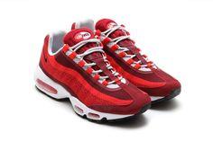<3 #jcrd! #NIKE #AIRMAX 95 #JACQUARD (UNIVERSITY RED) | Sneaker Freaker #sneakers #kicks