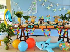 Festa praia para os gêmeos Rafael e Pedro | Birthday Cake, Tutu, Party, Ocean, Food, Teen Beach, Beach, 1 Year, Swiming Pool