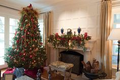 SEASONAL – CHRISTMAS – the magic of the holiday makes another appearance in an adorable presentation of holiday decor like the junior league holiday home tour's traditional living room in san francisco by janet paik.