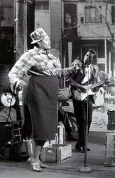 Big Mamma Thornton singing Hound Dog when Elvis was probably in nappies.  This woman has a hell of a voice!