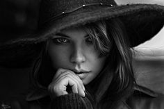 """Beauty in the hat - Paid lessons retouching.  Live and video tutorials my retouching techniques and toning in Photoshop and Lightroom Join me on <a href=""""http://www.facebook.com/profile.php?id=100001067928190"""">My Facebook Page</a> And Follow <a href=""""http://instagram.com/georgychernyadyev"""">My Instagram</a> Join me on <a href=""""http://vk.com/imwarrior"""">My VKontakte Page</a>"""