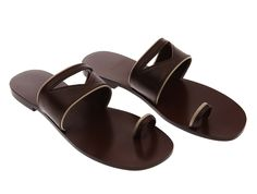 cradle sandals Me Too Shoes, Shoes Sandals, Rooms, Amazing, Products, Quartos, Sandals, Coins, Room