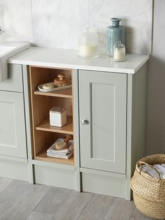 Thanks for you visiting Burford Pebble Grey Fitted Bathroom. Fitted Bathroom Furniture, Cabinet Furniture, Furniture Storage, Modern Shower, Modern Bathroom, Family Bathroom, Bath Tub Fun, Fitted Cabinets, Timeless Bathroom
