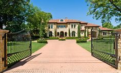 Stone Mediterranean estate :: Dallas, Texas