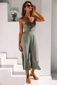 Summer Style, Linen Romper Outfit Source by Classy Jumpsuits For Weddings, Dressy Rompers And Jumpsuits, Rompers Women, Jumpsuits For Women, Winter Jumpsuits, Fashion Mode, Look Fashion, Womens Fashion, Fashion Stores