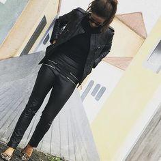 Chegou! Legging Couro Barra Italiana Preta!  #forlegs#forlegsday#couro#barraitaliana#girafa#legging#girafa#streetstyle#style#cool#day#night#online