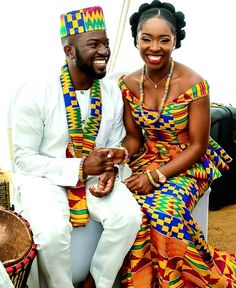 Discover a variety of kente outfits for ghanaian weddings. Get inspiration (view pictures of kente outfits) to help plan or attend a wedding. African Inspired Fashion, African Dresses For Women, African Print Fashion, African Attire, African Wear, African Fashion Dresses, African Women, African Prints, African Patterns