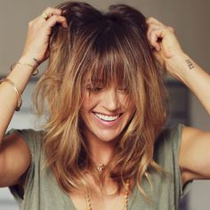 Cute Best 48 Hairstyles with Bangs You'll Want to Copy http://www.tukuoke.com/best-48-hairstyles-with-bangs-youll-want-to-copy-1630