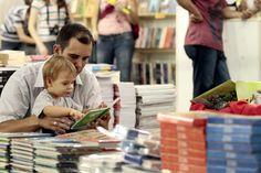 A leitura é uma fonte inesgotável de prazer - Carlos Drummond de Andrade