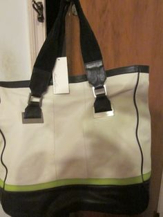 KENNETH COLE LARGE TOTE  ALL LEATHER