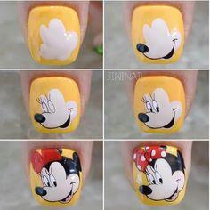 Daisy Nail Art, Daisy Nails, Gel Toe Nails, Nail Manicure, Cartoon Nail Designs, Nail Art Designs, Trendy Nails, Cute Nails, Disney Acrylic Nails