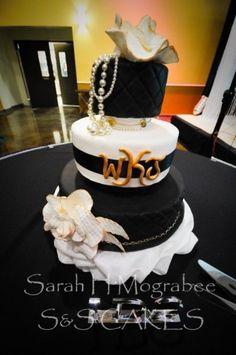 Fashionista  Cake by sugarspicecouture