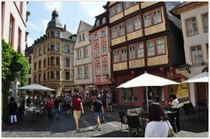 """MAINZ (GERMANY): Mainz has a wonderfully restored Old Town with a large number of traditional wine bars that serve regional delicacies such as the """"Spundekaes"""" (a spicy creamed cheese) with Silvaner, Riesling, Dornfelder & Co."""