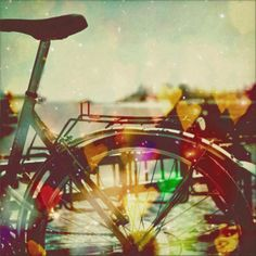 new Ideas bike riding photography summer cycling Bokeh Photography, Types Of Photography, Tumblr Photography, Cool Pictures, Cool Photos, Amazing Photos, Go Ride, Out Of Focus, Bicycle Art