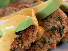 James Whelan Butchers: Crumbed Steak with Mustard Sauce and Avocado - James Whelan Butchers Ireland Irish Beef, Scotch, Paleo Recipes, Really Cool Stuff, Lamb, Mustard, Steak, Ireland, Avocado