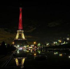 Pray for belgium . . . . . . . #스냅 #snap #snapshot #프랑스 #프랑스스냅 #romantic #france #paris #유디니 #유디니_유럽 #여행 #여행에미치다 #trip #travel #신혼여행 #신혼여행스냅 #photo #photographer #사진 #벨기에 #lendscape #유럽 #europe #snap in #스냅인 #mk_travel_idea #effel by ssen2 Eiffel_Tower #France