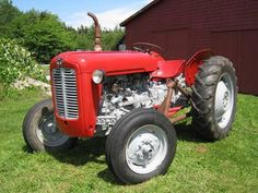 Nothing defines 'Old is Gold' like the #MasseyFerguson 35. Set in a scenic background, this workhorse of old, basks in the sunshine.